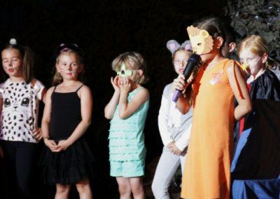 kids_on_stage_-2